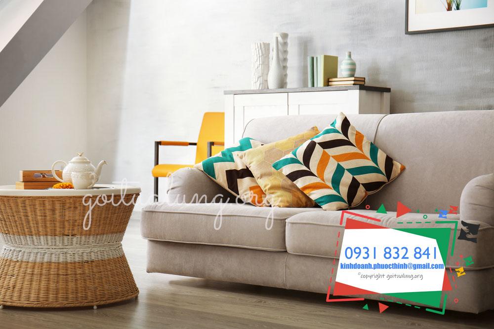 goi-tua-lung-sofa-1